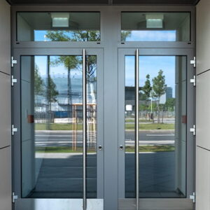 drzwi-aluminiowe-do-biura